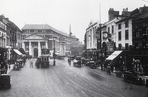 Broadgate south c1931   -   Images reproduced by kind permission of Culture Coventry Trust/Coventry Archives