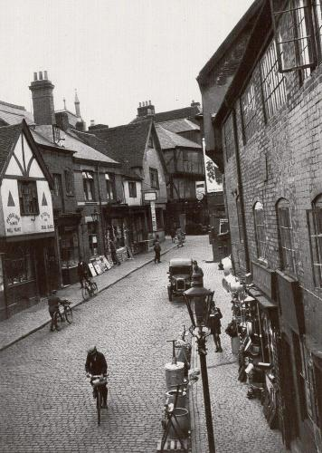 Butcher Row c1934    -   Images reproduced by kind permission of Culture Coventry Trust/Coventry Archives