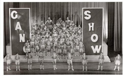 Gang Show029