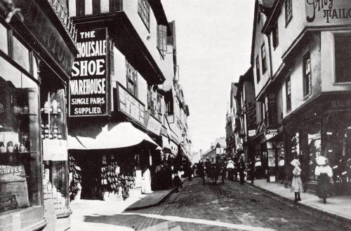 High Street    -   Images reproduced by kind permission of Culture Coventry Trust/Coventry Archives